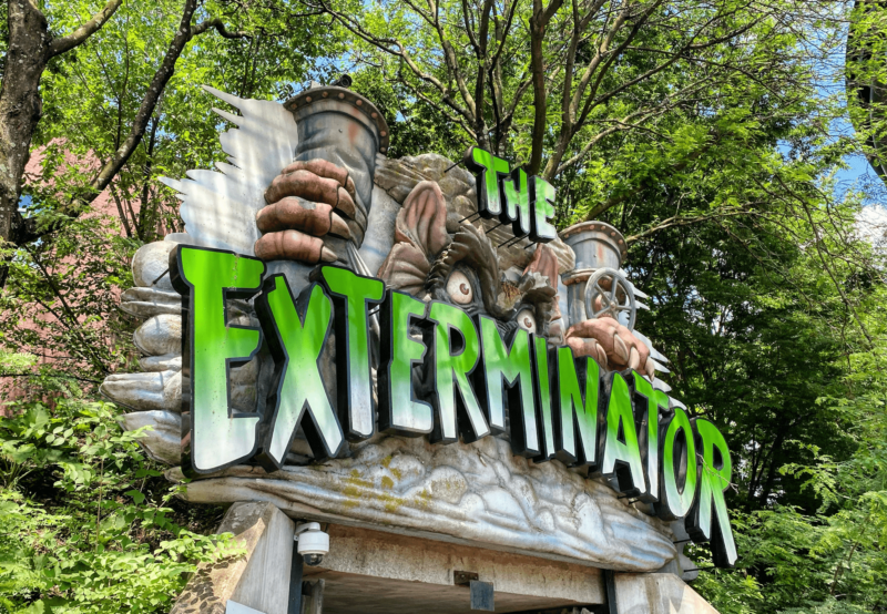Exterminator is the only indoor attraction at the park, featuring spinning cars and eerie theming.